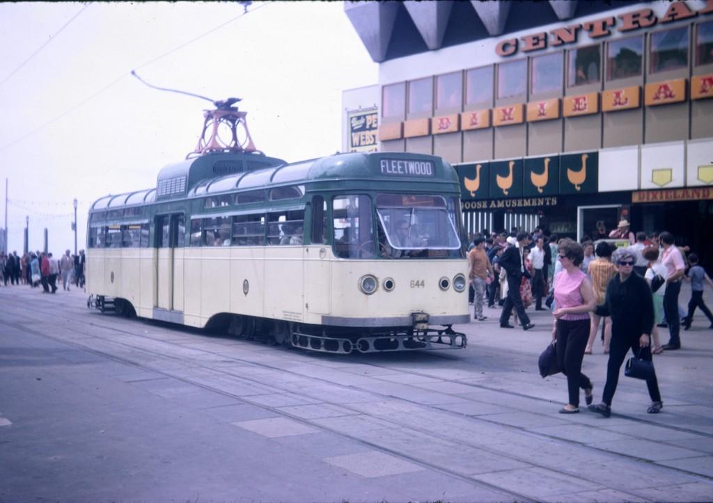 r1969-Coronation-664-Central Pier