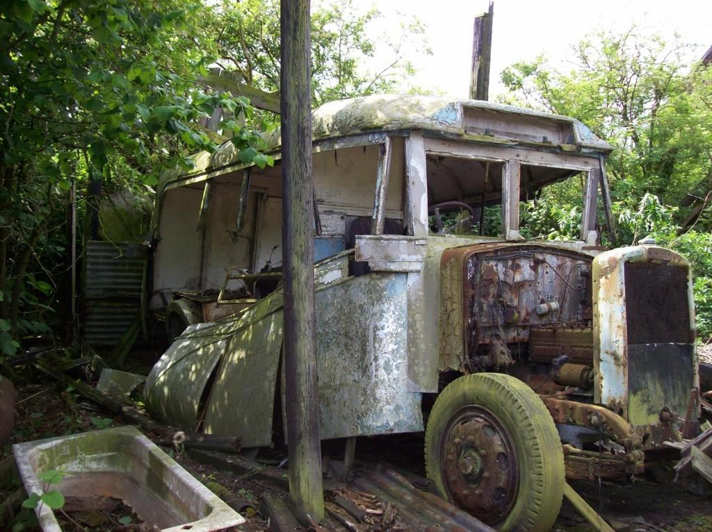 Daresbury Buses 049