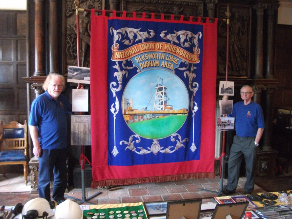 Silksworth Banner with members of the Silksowrth Ming Heritage Group